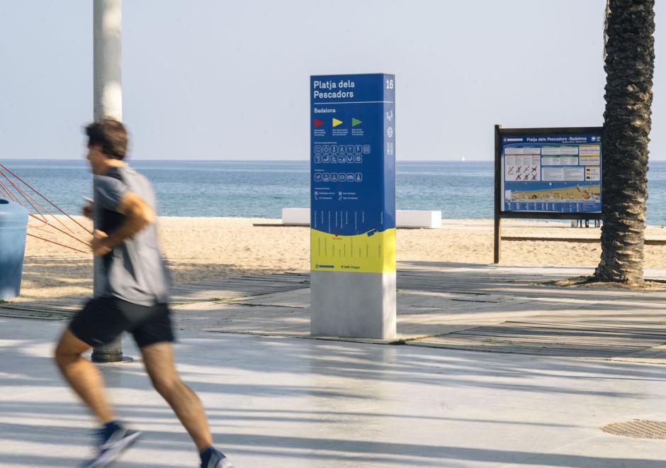 senaletica playas area metropolitana de barcelona amb clase bcn – Clase bcn