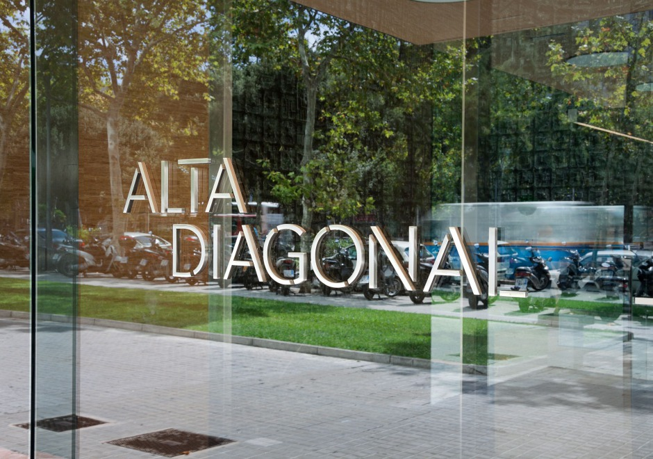 brand identity alta diagonal clase bcn – Clase bcn